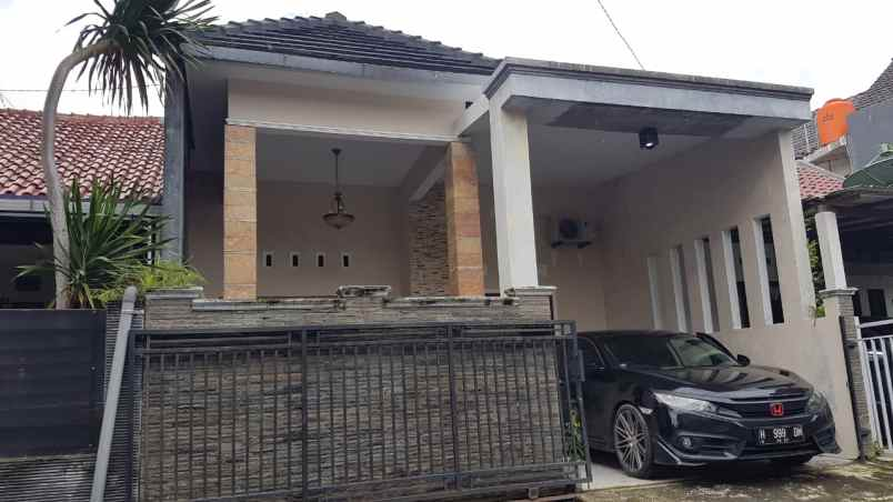 rumah grand tembalang regency d2
