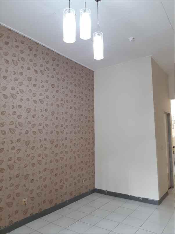 Disewakan Rumah Nusa Loka Bsd